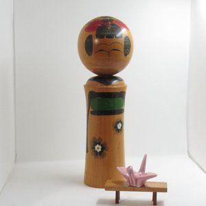 BIg green Japanese kokeshi doll/ kokeshi doll/ set